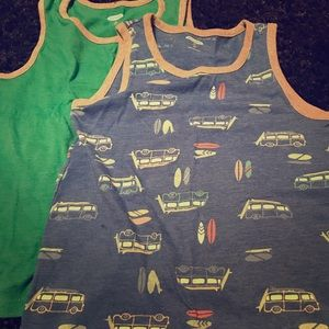 🍫 Boys muscle shirts! Size 5